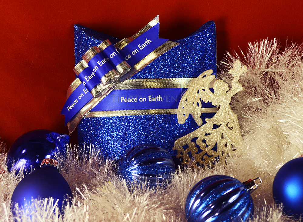 Customized Ribbon printed with Holiday message gift wrap ideas