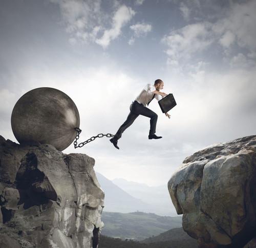 ball-chain-jump-chasm