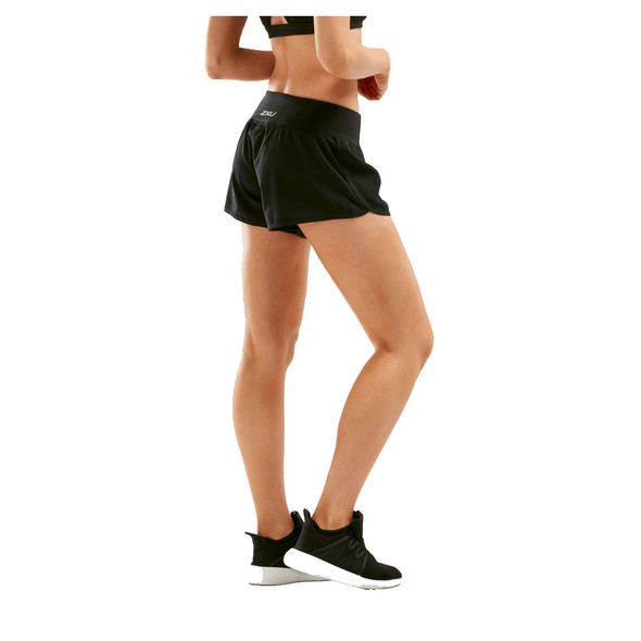 "2XU Women's XVent 4"" Free Run Short - Back"