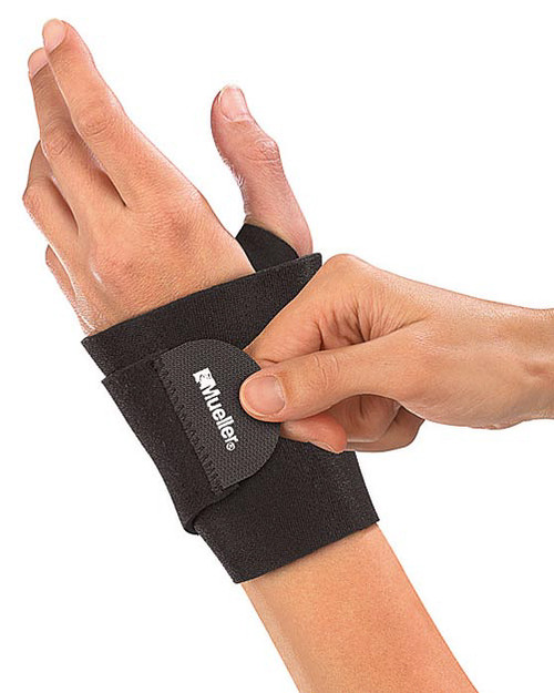 Mueller 4505 Wraparound Wrist Support | Physical Sports First Aid