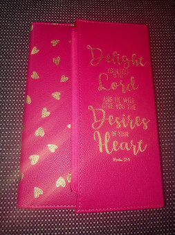 Delight Yourself In The Lord Pink Zippered Journal