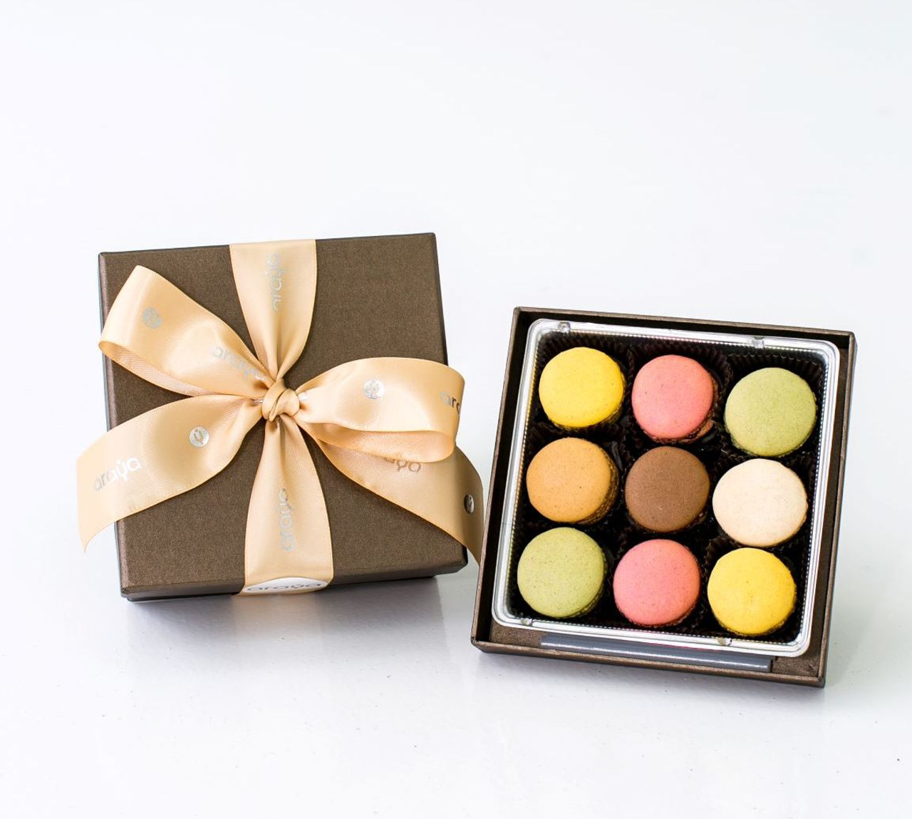 9 Macaron Gift Box -