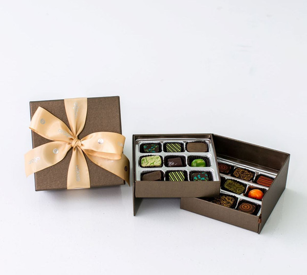 18 Chocolate Gift Box  -