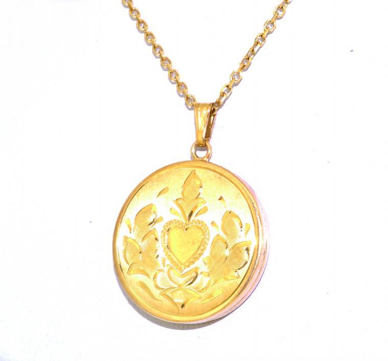 14K Yellow Gold Locket Fan Heart Charm 50003015