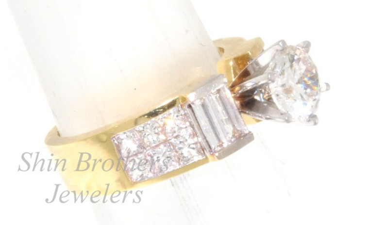 18K Yellow Gold .91ct Princess .43 ct Bageutte Diamond Engagement Ring Setting   11001284  By Shin Brothers*