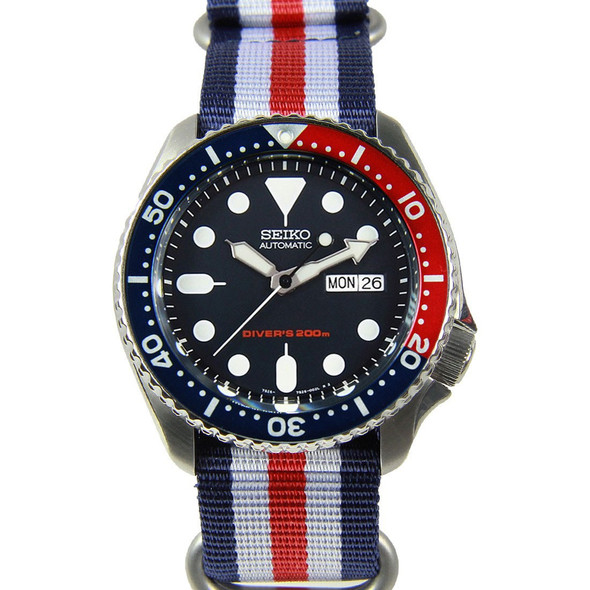 Seiko Sports Divers Watch SKX009K1