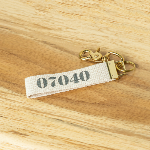 07040 Key Chain