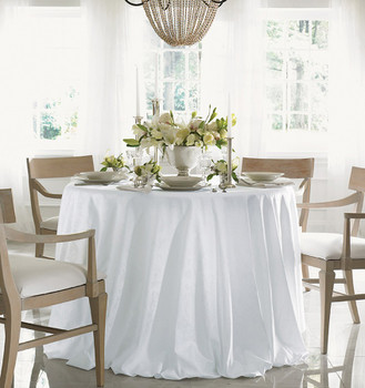 Sferra Acanthus Round Tablecloth