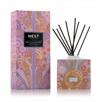 Nest Limited Edition Reed Diffuser - Hibiscus & Dragon Fruit