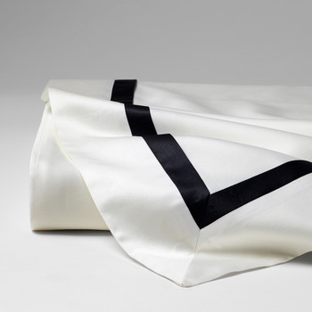 Sferra Frangia Limitato Bedding Collection