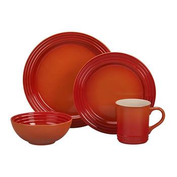 Le Creuset 16 Piece Dinnerware Set