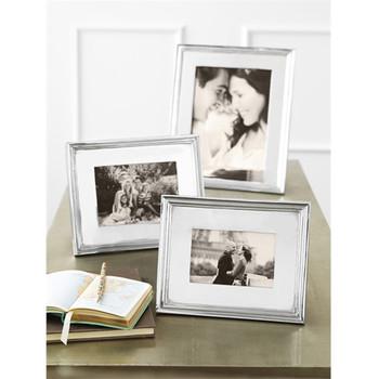 Mariposa 4 x 6 Classic Frame