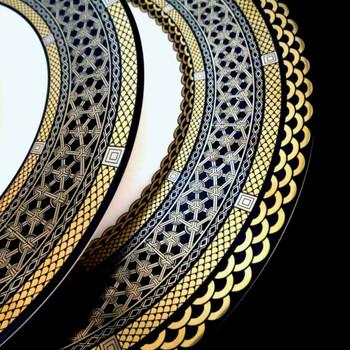 Caskata Hawthorne Onyx Gold & Platinum 11.75 in Rimmed Charger