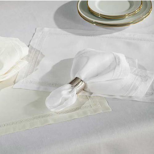 Home Treasures Doric Dinner Napkins - White