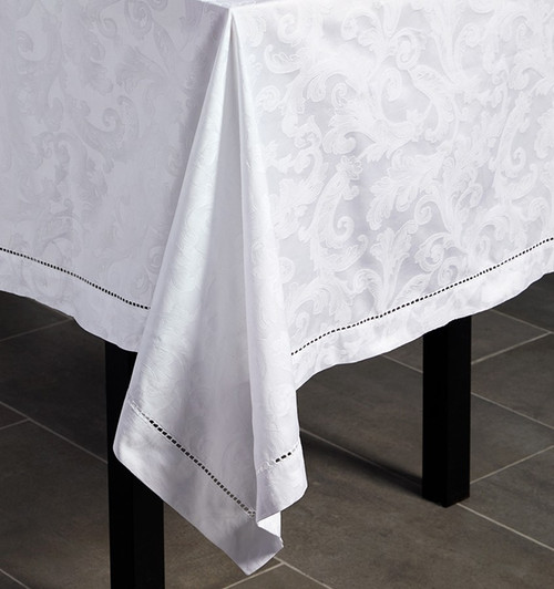 Sferra Acanthus Tablecloth