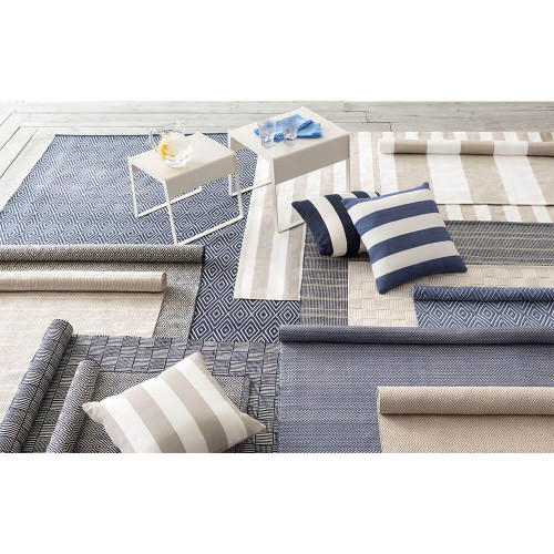 953fb431383f Dash & Albert Webber Navy Indoor/Outdoor Rug - 2x3 - Gracious Home