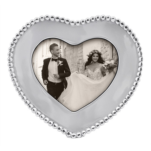 Mariposa 4 x 6 Beaded Heart Frame
