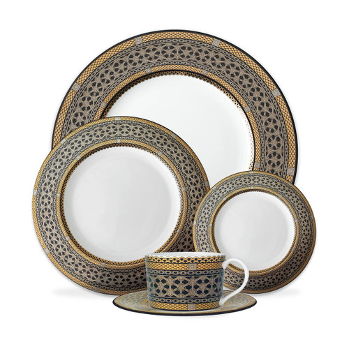 Caskata Hawthorne Onyx Gold & Platinum 5 pc. Place Setting- Dinner, Salad, BB, Cup & Saucer