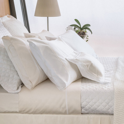 Bovi Simply Sateen Quilted Coverlet