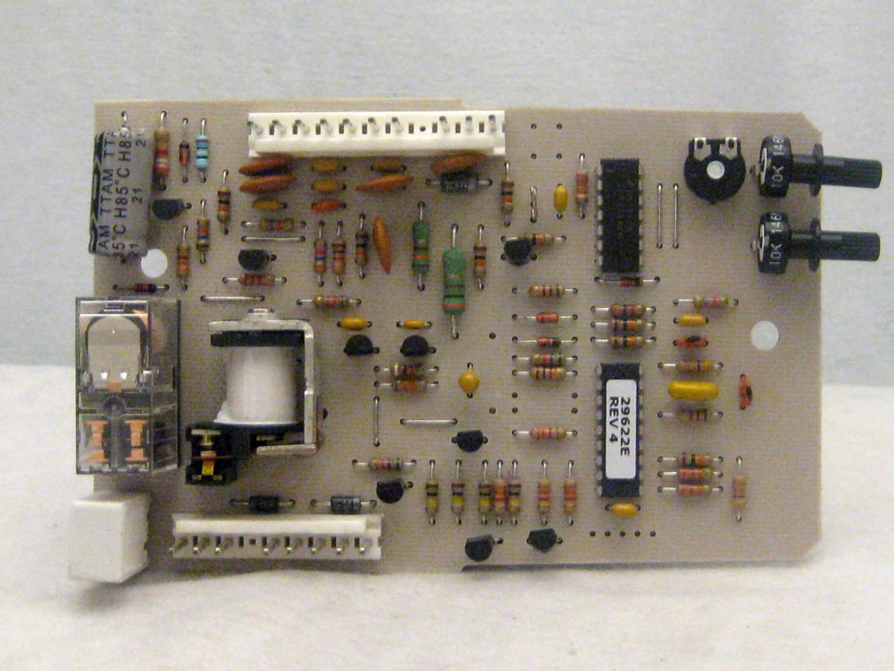Circuit Board Phantom Cd 20399r Overhead Door Parts