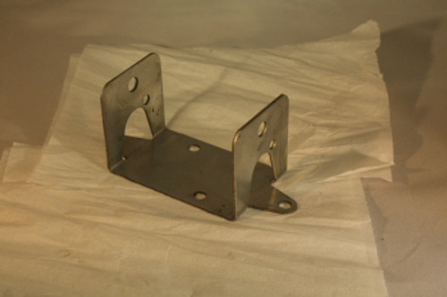 BRACKET, FRONT SPREADER