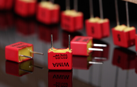 Questyle CMA Twelve WIMA capacitors