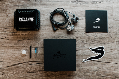 Roxanne Unboxed