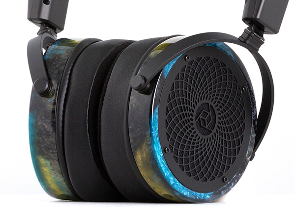 RAD-0 #088 Headphones
