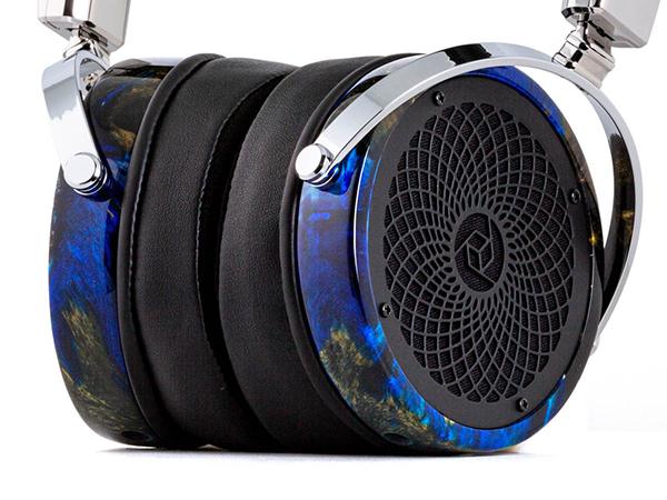 RAD-0 #216 Headphones