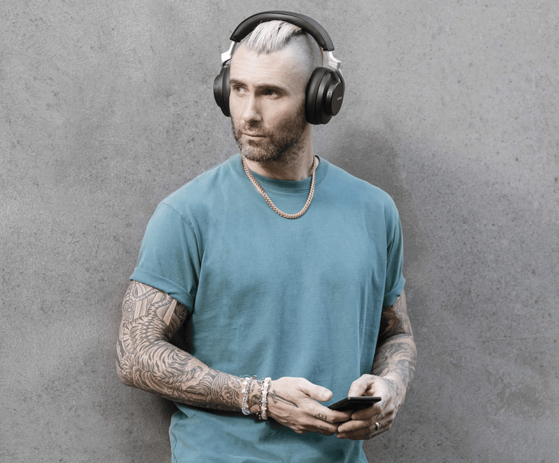 Adam Levine of Maroon 5 wearing AONIC 50 earphones