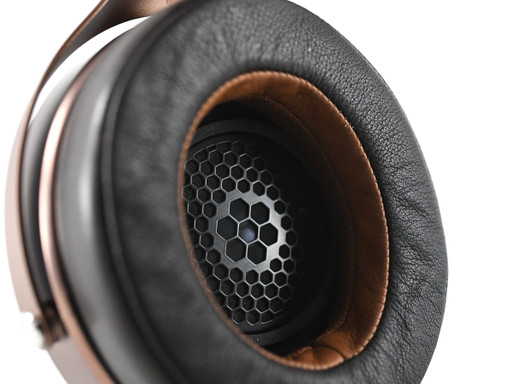 Focal Stellia with Silver Dragon Headphone Cable