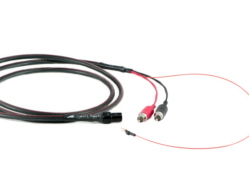 Silver Dragon Naim cable with RCAs