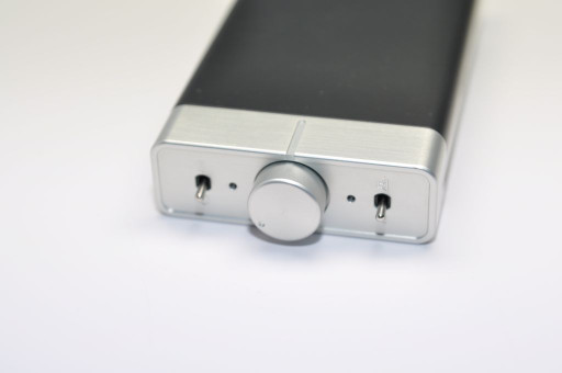 iQube headphone amp dac v5 open box