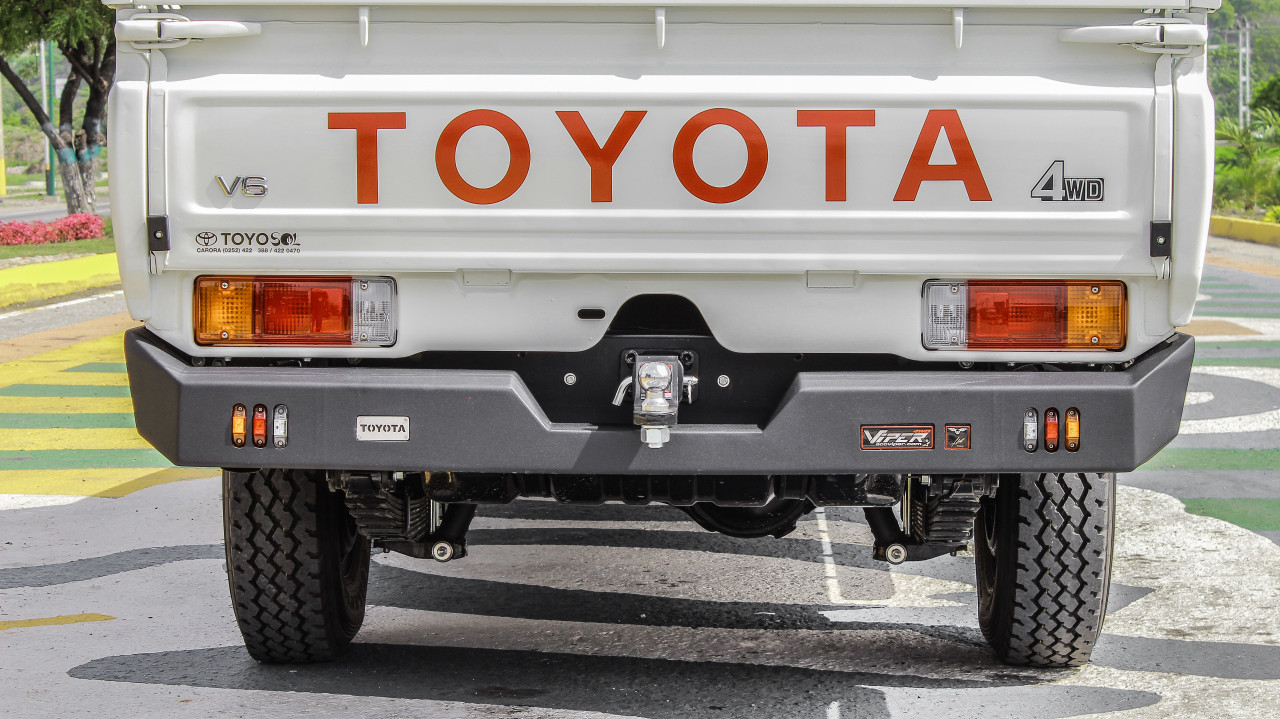 LAND CRUISER SERIES 79 PICK UP DOUBLE CAB 07-CURRENT  REAR BUMPER  PT-043