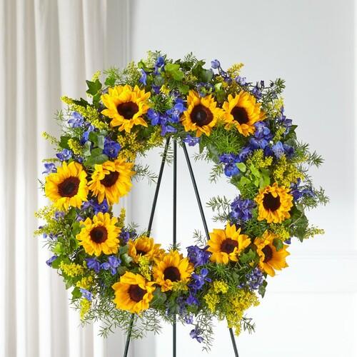 FTD Bright Rays Wreath