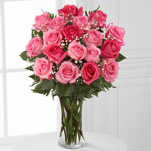 18 Rose Bouquet