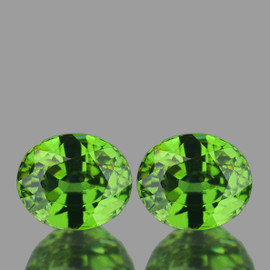 5.5x4.5 mm 2 pcs {1.30 cts} Oval AAA Fire Premium Green Demantoid Natural (Flawless-VVS)--AAA Grade