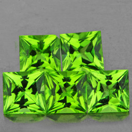 5.00 mm 5 pcs Square Princess Cut Green Peridot Natural {Flawless-VVS1}