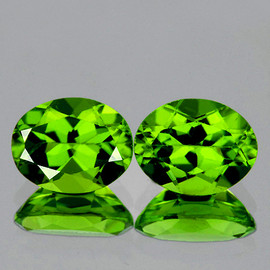 9x7 mm 2 pcs Oval AAA Fire AAA Green Peridot Natural {Flawless-VVS1}