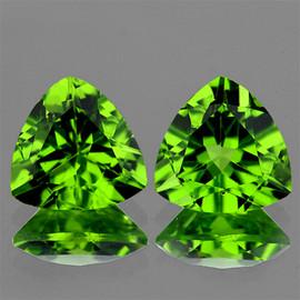9.00 mm 2 pcs Trilliant AAA Fire AAA Green Peridot Natural {Flawless-VVS1}--AAA Grade