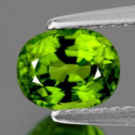 10x7 mm { 2.53 cts} Oval Green Peridot Natural {VVS}