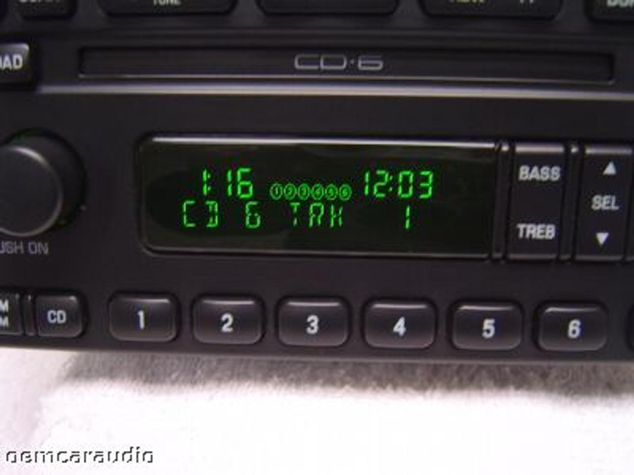 03  Ford Crown Victoria Radio