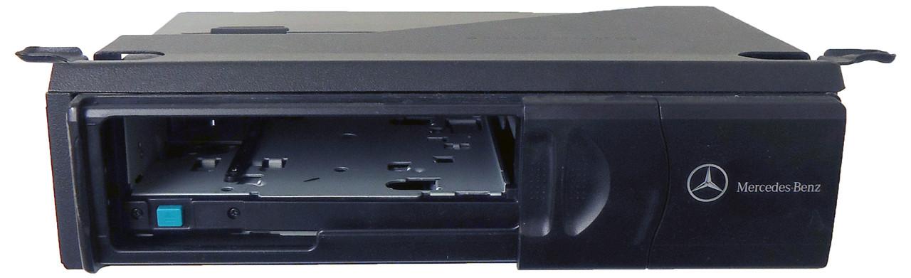 Mercedes Benz Remote Slave 6 CD Disc Changer Player MC3520