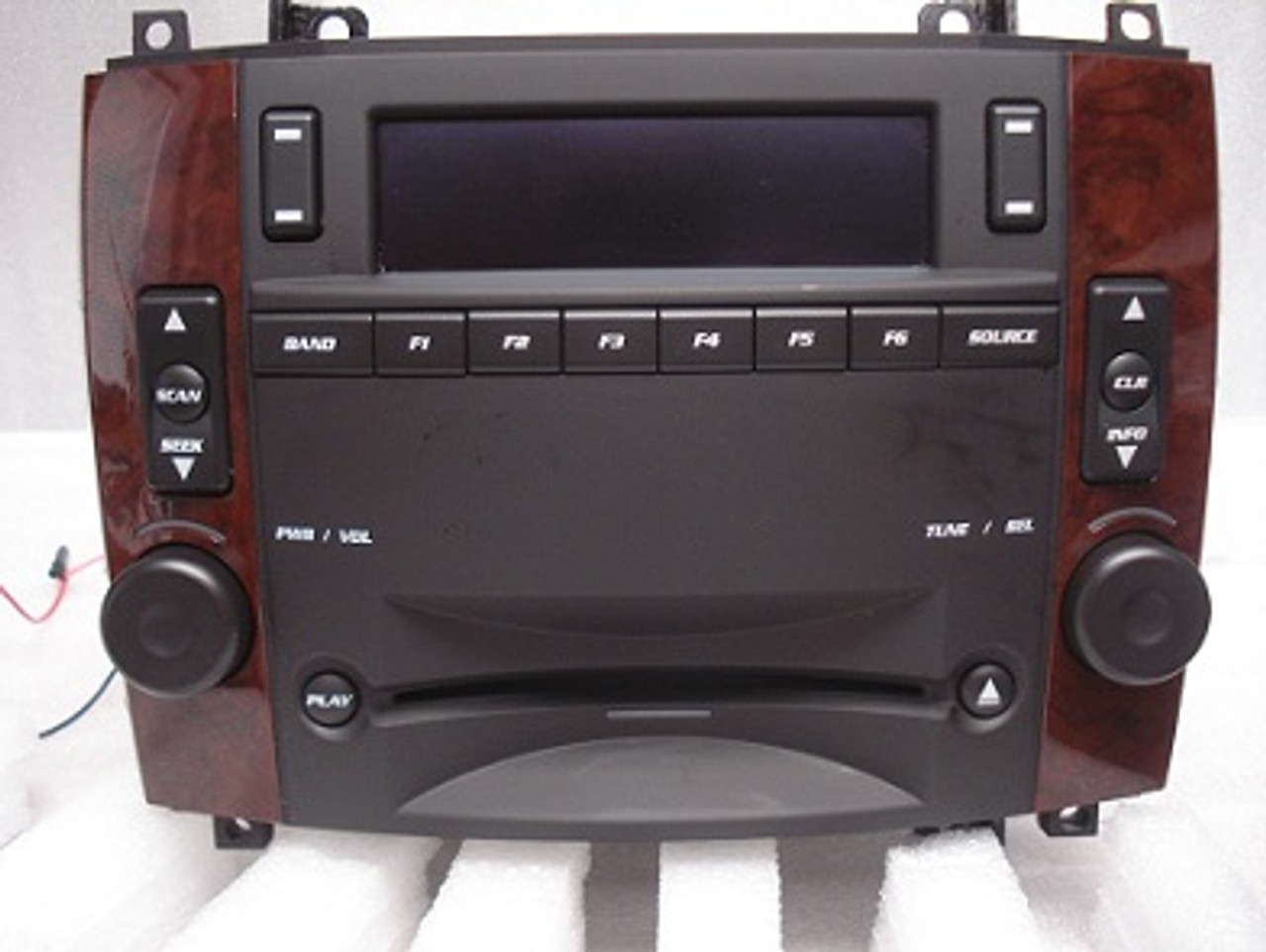 [ZSVE_7041]  03 04 05 06 07 Cadillac CTS SRX Radio CD Player OEM Stereo   Cadillac Cts 05 Xm Radio Box      CD4Car