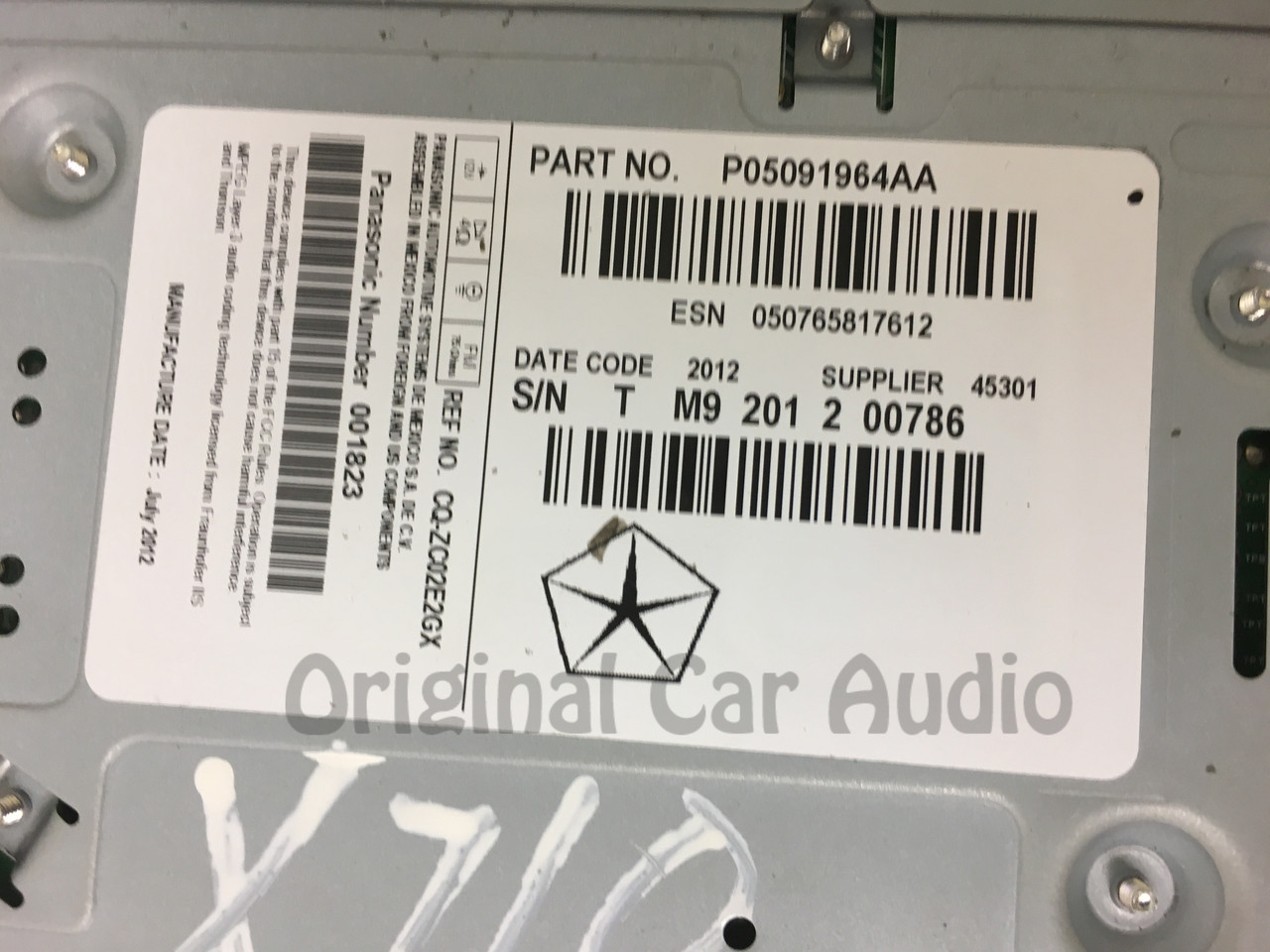 2013 - 2014 Dodge Dart OEM RE2 Multi-Media HDD Radio Receiver Block