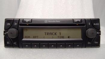 99 2000 01 02 03 Mercedes BENZ C220 C230 C28 E320 E420 E500 CLK320 SLK230 OEM FACTORY Navigation Radio CD Disc Player