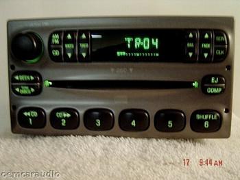 1998 - 2005 Ford Lincoln Mercury OEM AM FM Radio CD Player Receiver Grey