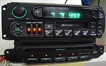 1998 - 2003 Chrysler Jeep Dodge OEM 4 Disc CD Changer