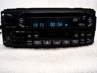 02-05 Chrysler Jeep Dodge  Radio and CD Player