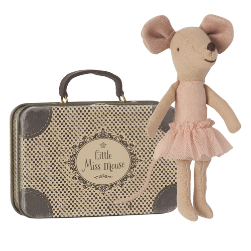 Mouse in Suitcase, Big Sister Ballerina